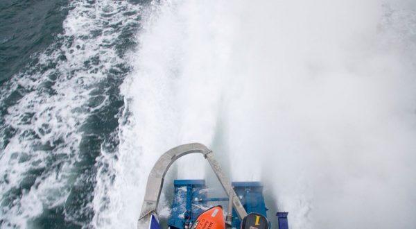 Izola čoln požar