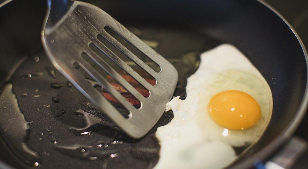 jajce na oko