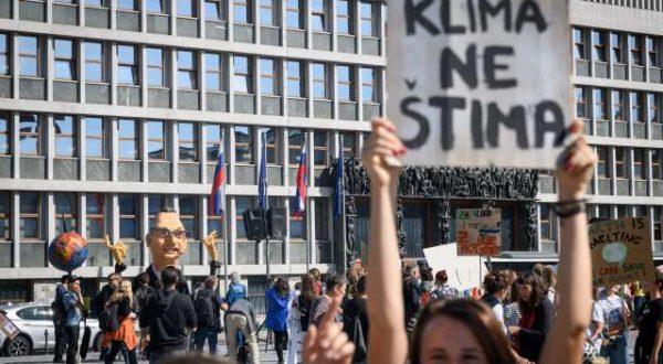 Podnebni protest mladi