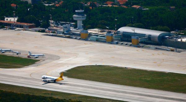 rop na letališču v Dubrovniku