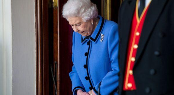 britanska kraljica upokojitev