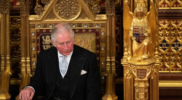 Princ Charles imenovan za kraljaPrinc Charles imenovan za kralja