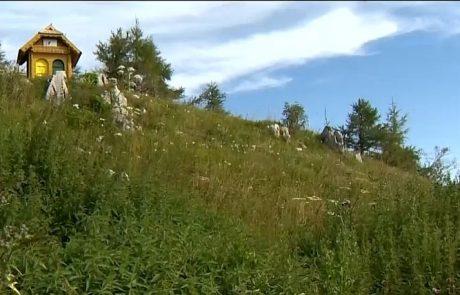 Najvišji slovenski čebelnjak se vrača v dolino, čebele bodo zimo preživele v Prevaljah