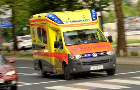 V hudi prometni nesreči umrla voznik in sopotnica