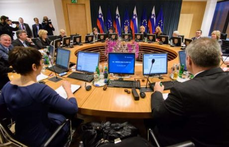 Na vladi prekinili obravnavo vprašanja priznanja Palestine