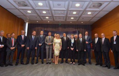 Pahor in Grabar-Kitarovićeva sta se v Dubrovniku strinjala, da je pomemben dialog med državama