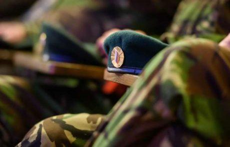 Ponoči pri Pivki pripadniki Slovenske vojske menda hudo pretepli 24-letnika