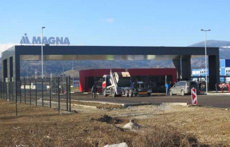 Magna danes tudi uradno odpira lakirnico v Hočah, med povabljenci tudi premier Šarec