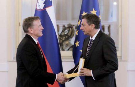 Pahor odlikoval ameriškega kongresnika Gosarja