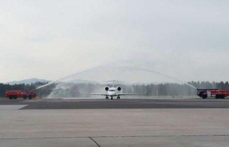 Na ljubljanskem letališču so danes pozdravili prvo letalo Lufthanse