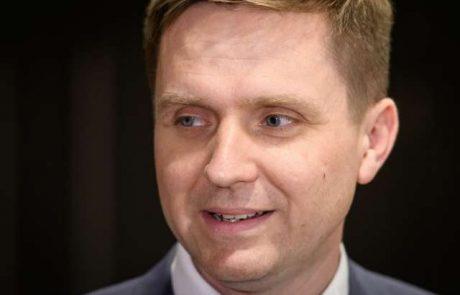Zorčič: Več kot očitno je, da DeSus-ovi poslanci podpirajo Janševo vlado