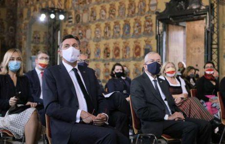 """Predsednik Pahor državljanom: """"V krizi skupnost strne vrste. Zdaj je tak čas."""""""