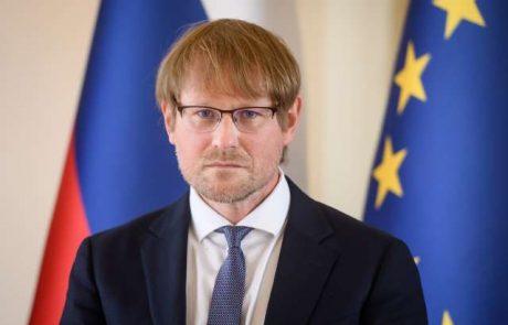 Anže Erbežnik po tajnem glasovanju v DZ brez potrebnih glasov za mesto ustavnega sodnika
