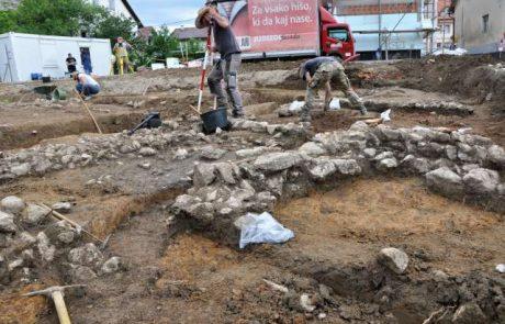Pri Trebnjem izkopali 2.000 let stare ostanke naselbine
