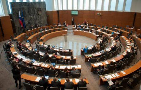 Odbor za finance o predlogu zakona za vložitev tožb zaradi izbrisov v bankah