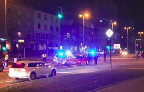 Ljubljanski Bežigrad prizorišče filmskih prizorov policijskega lova na dva oborožena roparja (Video)