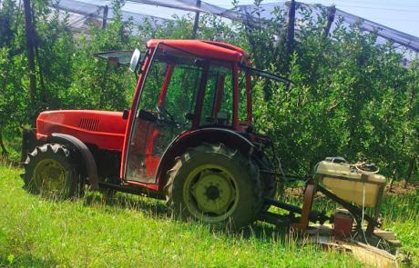 Ukradli 20 tisoč evrov vreden traktor, policija prosi za pomoč!