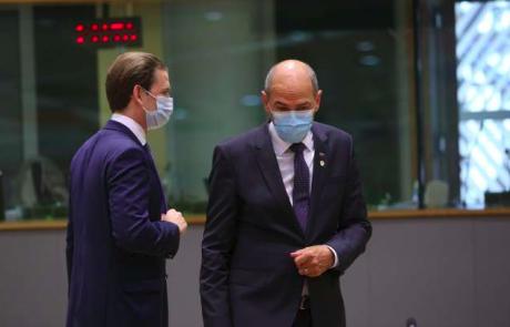 """Premier Janša poslal pismo voditeljem EU: """"S sledenjem napačni smeri nam dobra prihodnost za celo in svobodno Evropo polzi iz rok"""""""