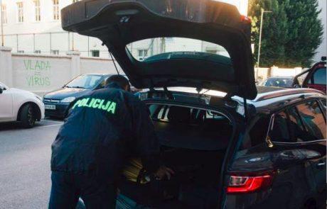 Po Sloveniji potekajo številne hišne preiskave, več oseb pridržanih