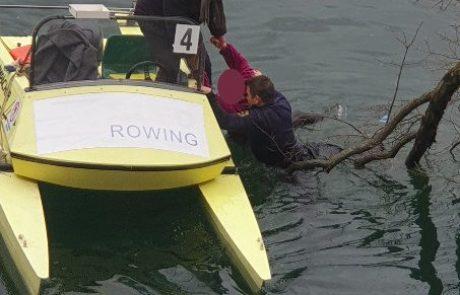 Drama na Bledu: iz jezera zadnji hip rešili utapljajočega