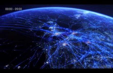 VIDEO: Tako je videti nebo nad nami, ko ga preletava na desettisoče letal!