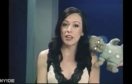 Brutalno smešni prizori s televizije, ko so šaljivci prestrašili voditelje (video)