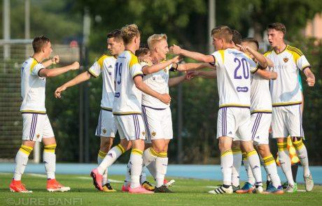 FOTO: Mariborski mladinci v Kopru dobili boj za pokalno trofejo
