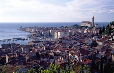Erjavec hrvaško zunanjo ministrico obtožil, da zavaja javnost