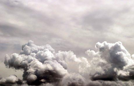 Postopno se bo pooblačilo, pojavljati se bodo začele krajevne plohe in nevihte