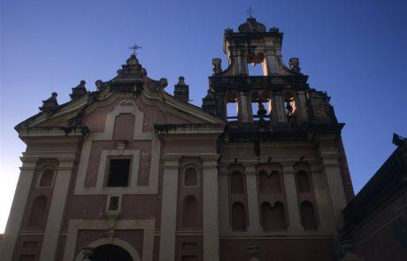 V Argentini obsodili dva duhovnika, ki sta dolga leta spolno zlorabljala in posiljevala gluhe otroke stare med 4 in 17 let