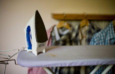Trošenje gospodinjstev se je oktobra in novembra ob zaostritvi ukrepov močno zmanjšalo, povečalo pa se je njihovo varčevanje