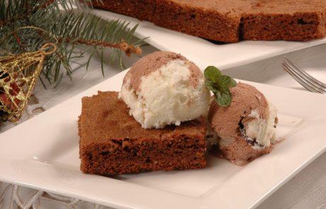 Ostanimo doma: Recept za čokoladni kolač iz samo treh sestavin