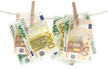 Policisti zasegli za 28 milijonov evrov ponarejenih bankovcev