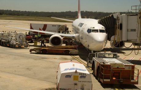 Malezijsko letalo zaradi nasilnega potnika nujno pristalo Melbournu