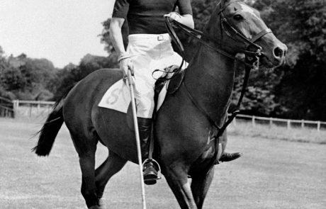 6 stvari, ki jih niste vedeli o kraljičinem možu, princu Filipu