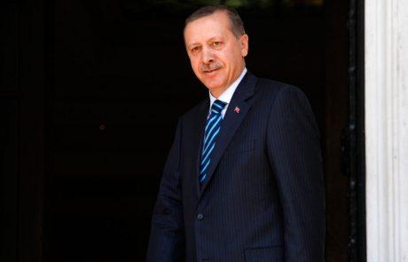 """Erdogan znova grozi Evropi z """"odprtjem vrat"""" sirskim beguncem"""