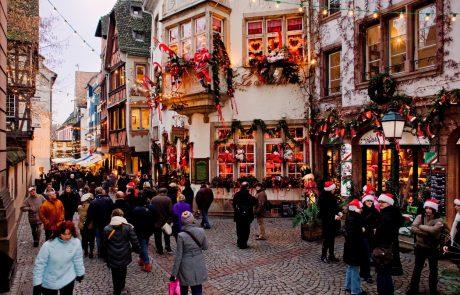 Letošnji veseli december v Evropi brez tradicionalnih božičnih sejmov
