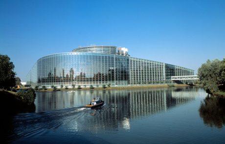 Evropski parlament želi zagotoviti enakopravno obravnavo istospolnih parov širom EU