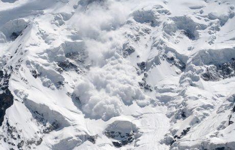 V snežnem plazu na Južnem Tirolskem umrla ženska in dva otroka