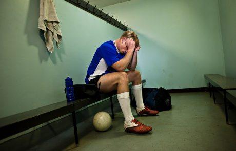 Nogometni branilci so posebej izpostavljeni tveganju za demenco
