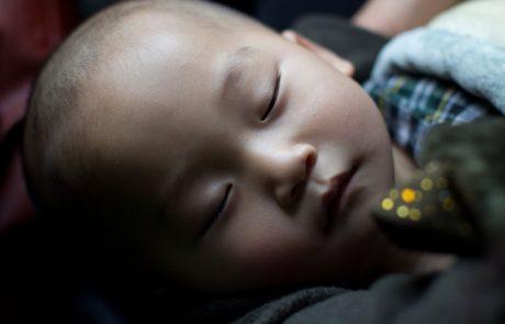Saj ni res pa je: 67-letna Kitajka, ki je zanosila po naravni poti, rodila zdravo deklico