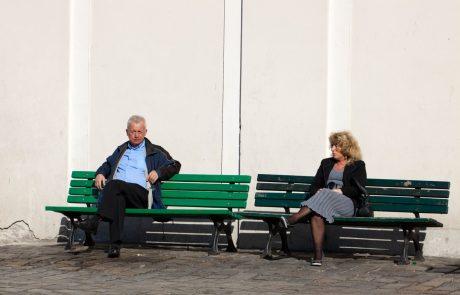 Sindikati za pomoč prosijo Bruselj: Sodu je dno izbilo prisilno upokojevanje