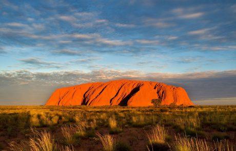 V delu Avstralije zaradi vročine in požarov razglasili izredne razmere