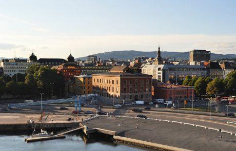 Norveška zaradi nevarnosti uradno opušča cepivo AstraZenece, Johnson&Johnson samo še za prostovoljce