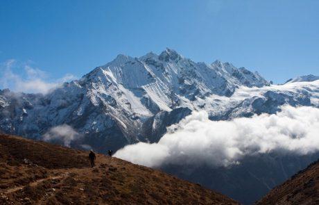 Mount Everest v resnici morda ni tako visok, kot smo mislili