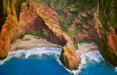 V nesreči helikopterja na Havajih najverjetneje sedem mrtvih, med njimi tudi dva otroka