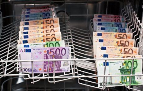 Denar iz direktorskih goljufij v Veliki Britaniji prali v Sloveniji