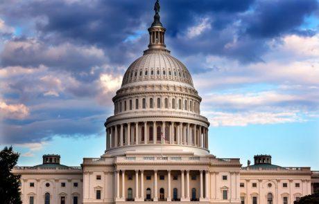 Predstavniški dom ustavno obtožbo Trumpa poslal v senat