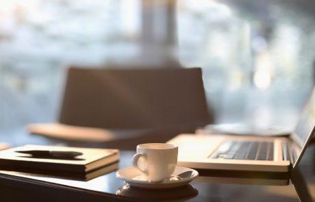 Pazite se skodelic za kavo v službi!