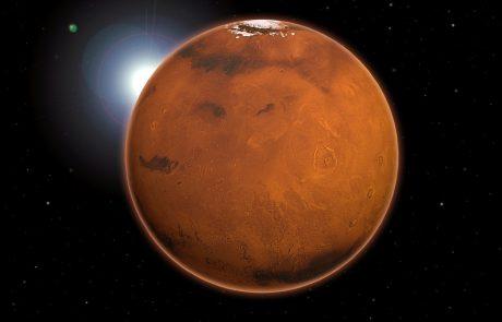 Znanstveniki na Marsu odkrili ogromne količine vode, ki presegajo vse dosedanje ocene